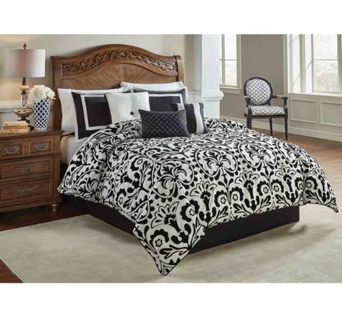 Picture of MEDALLION 7 PIECE QUEEN LINEN SET