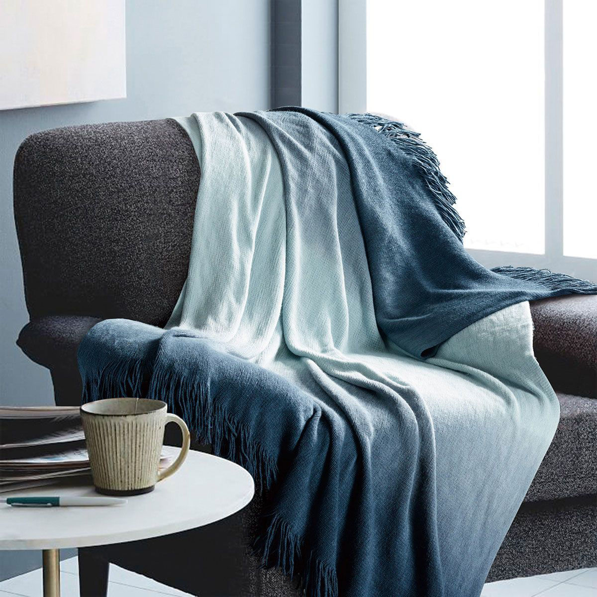 Picture of OMBRE BLUE THROW BLANKET