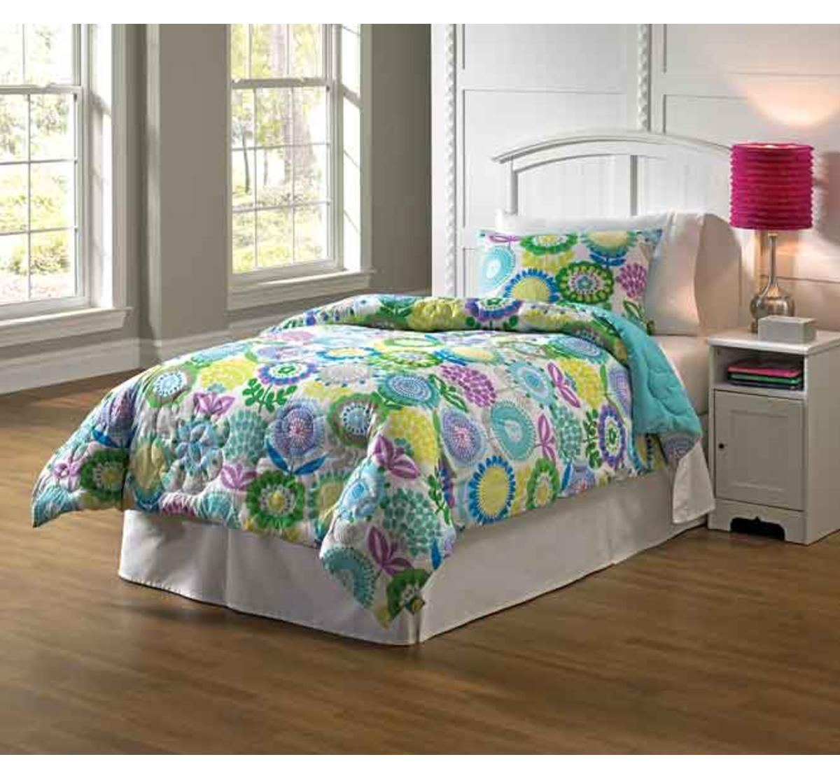 Picture of Pointillist Pansy Comforter