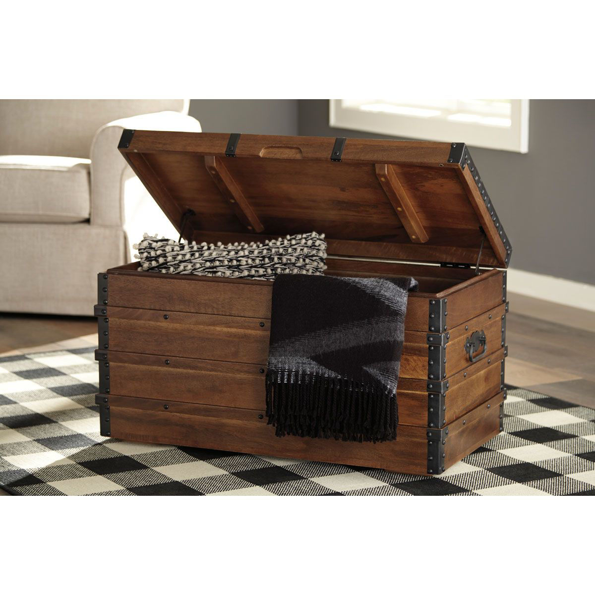 Picture of STORAGE TRUNK