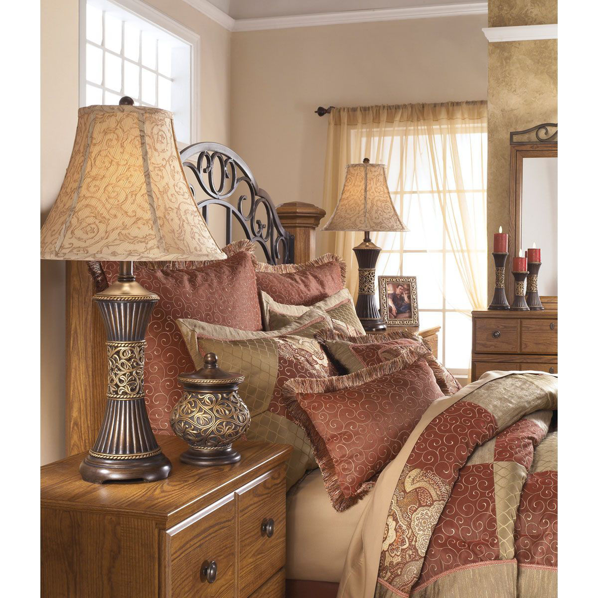 Picture of TABLE LAMP PAIR