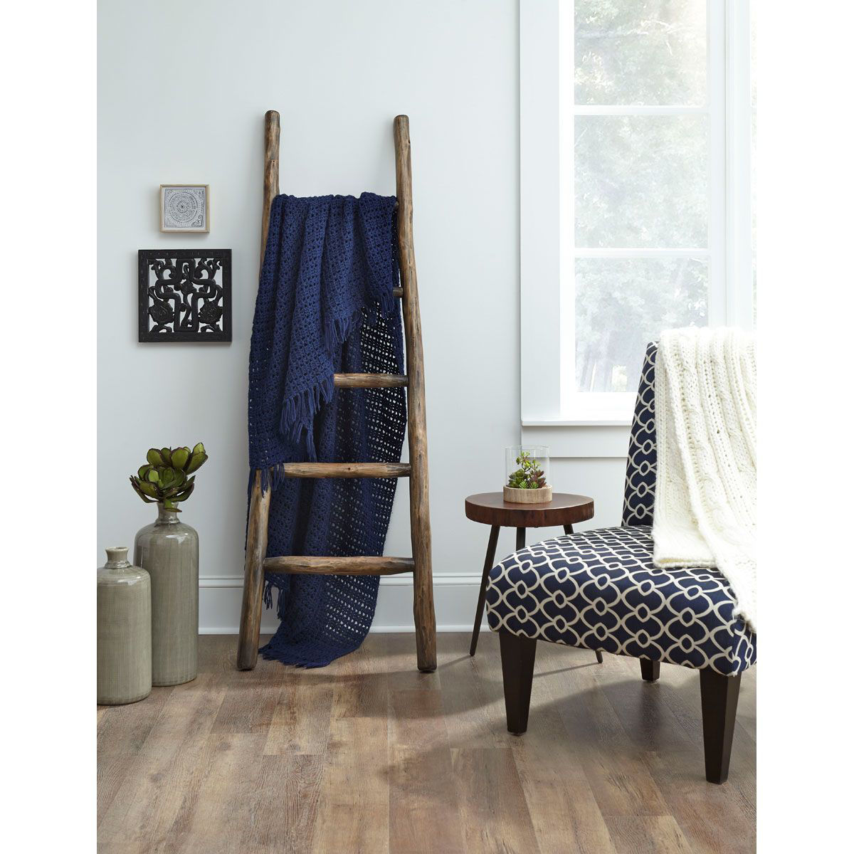 Picture of EUCALYPTUS WOOD DISPLAY LADDER