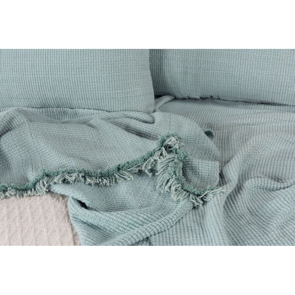 Picture of HAND WOVEN 3 PC WEDDING BLANKET SET