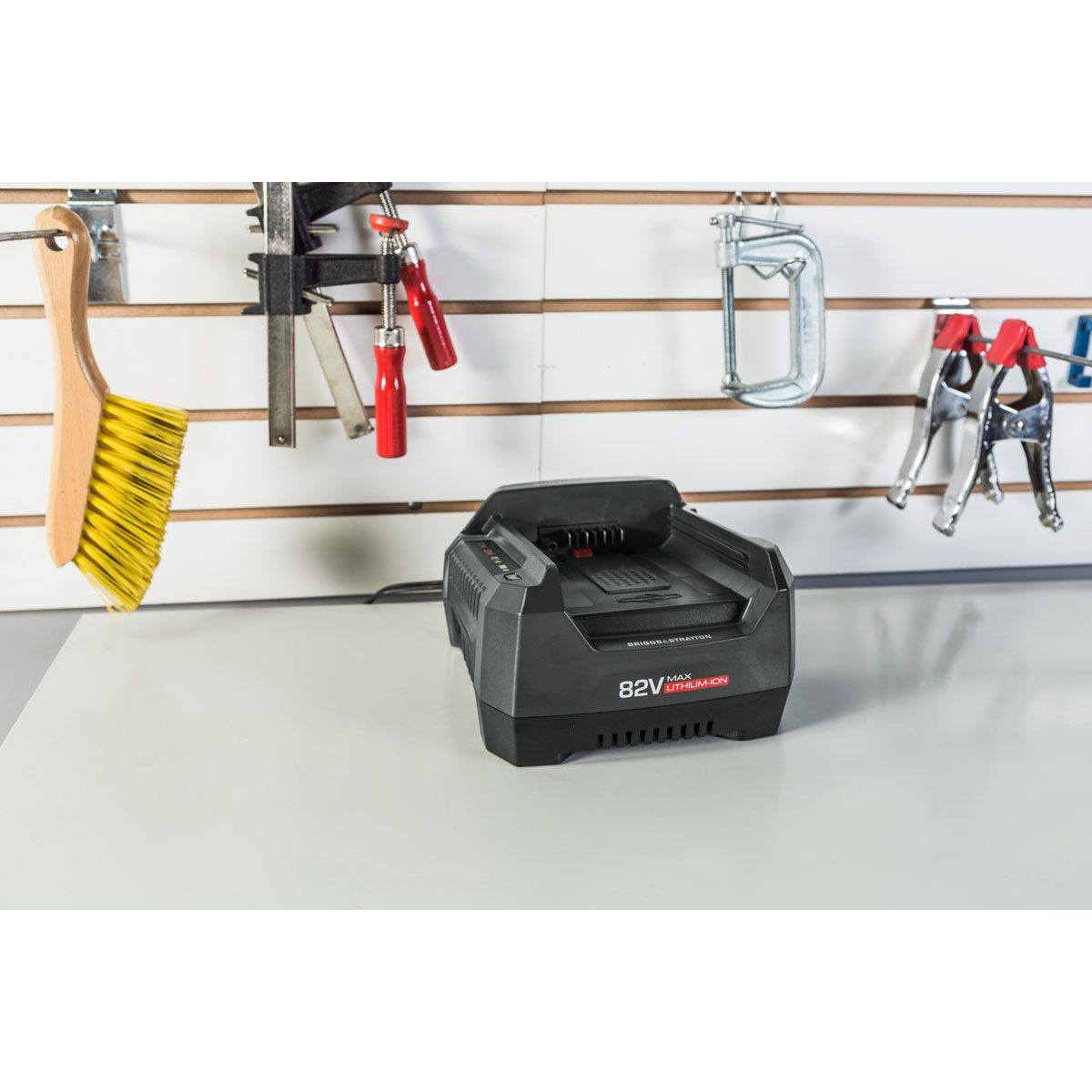 Picture of BRIGGS & STRATTON 82V BATTERY CHARGER