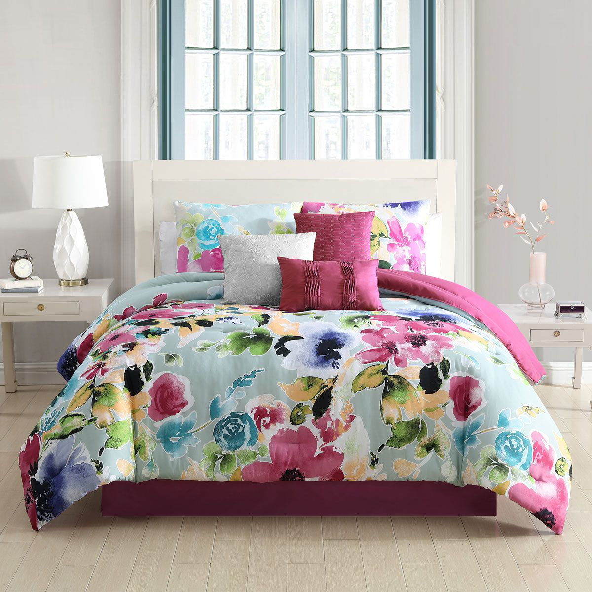 Picture of AVERY LINEN SET