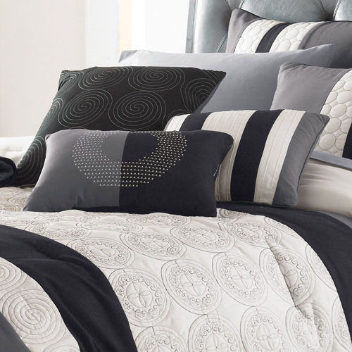 Picture of BLACK AND WHITE LINEN SET